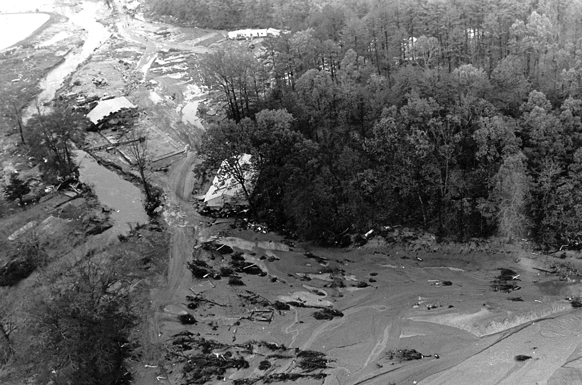 Kelly Barnes Dam - 1977